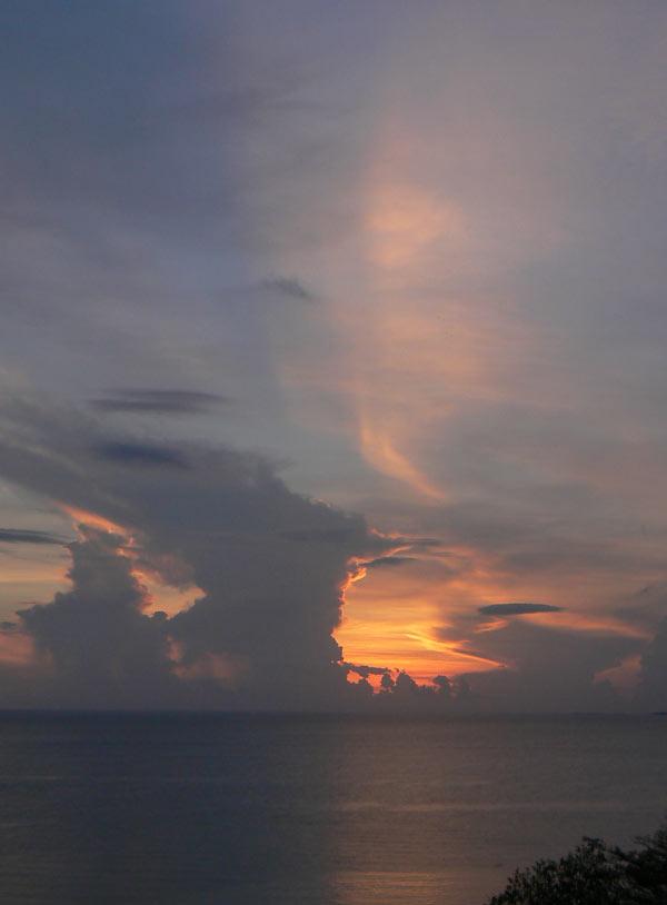 Sea line sunset