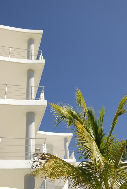 Simpson Bay hotel